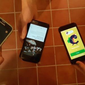 verschillende museum apps op het telefoon